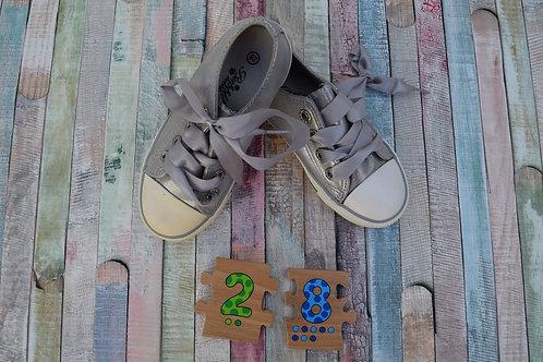 Sport Shoes Size 28