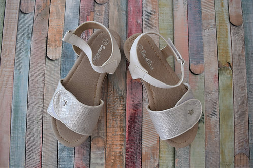 White Summer Sandals Shoes Size 29, 31, 32