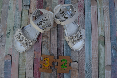Flower Sandals Size 32