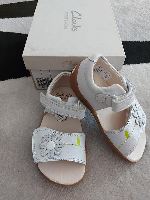 Clarks Leather Girls Sandals Size 20