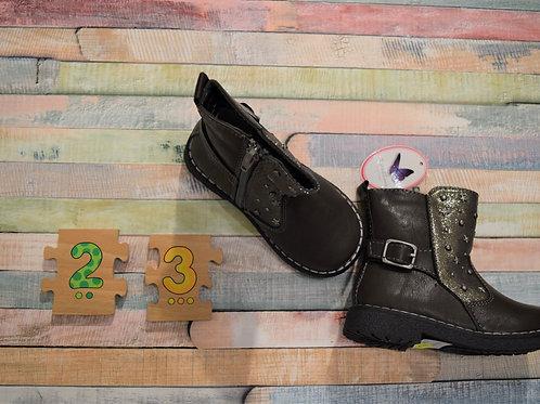 Fancy Boots Size 23