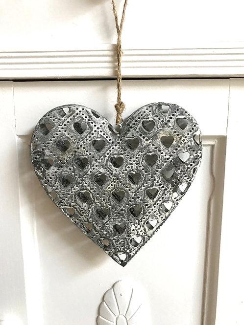 Herz mit Herzen gross