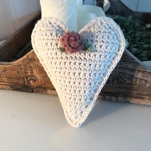 Herz, cremeweiss mit altrosa Rose