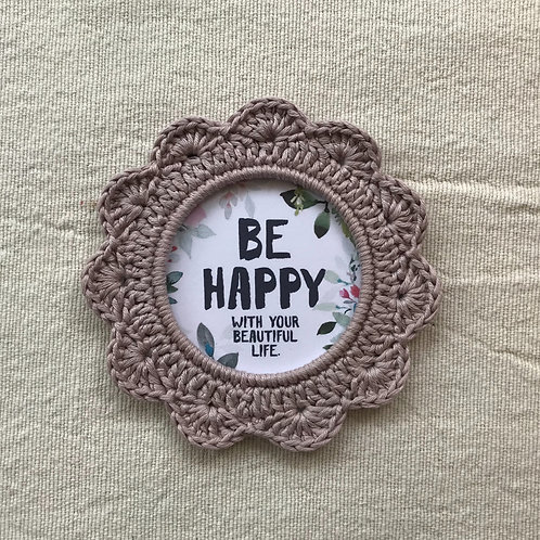 Be Happy - div. Designs