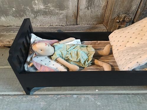Bett aus Holz mit Zubehör