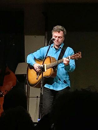 Bill T Anderson plays guitar.jpg