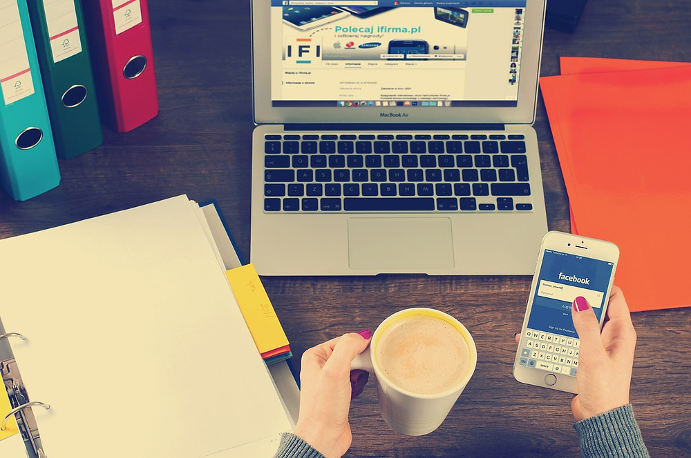 Facebook, digital marketing tool