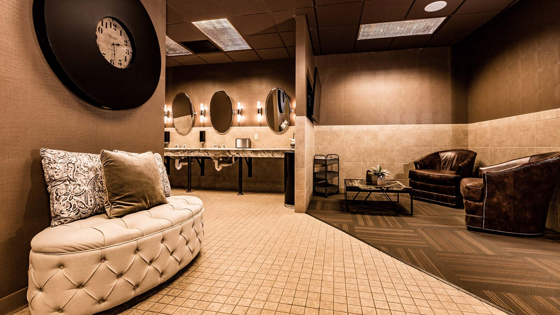 Locker Room Lounge Area