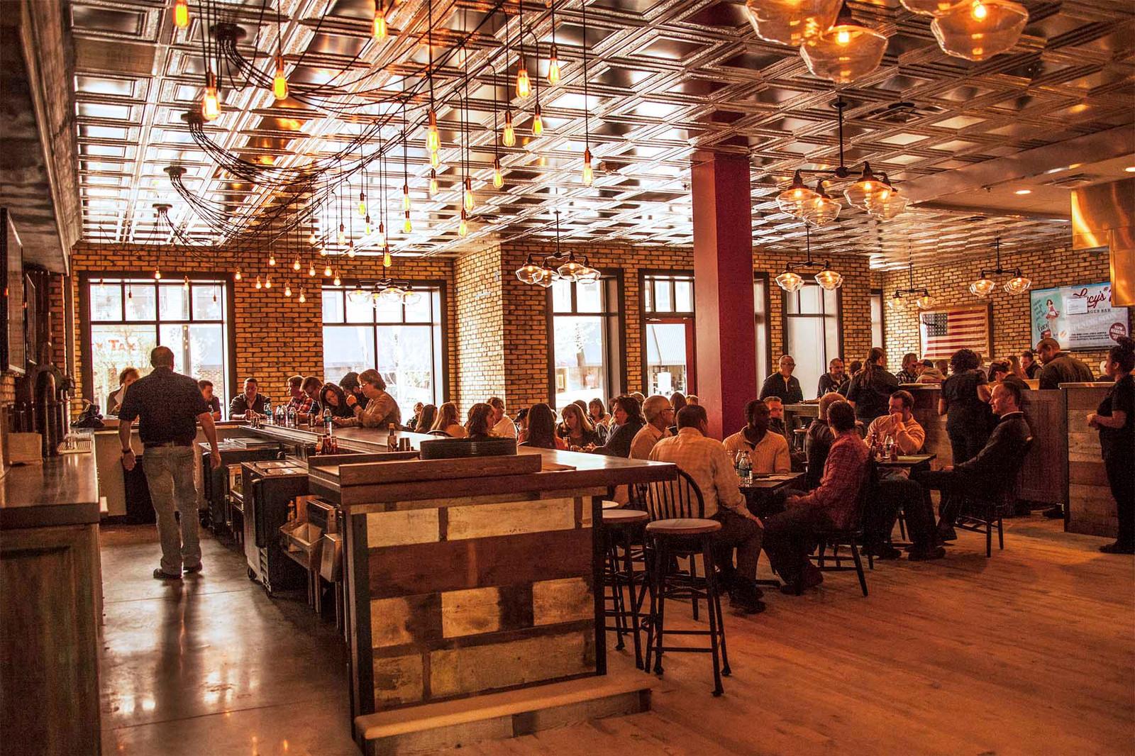 Lucys 7 Burger Bar Beloit Wi Restaurants