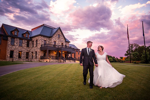 beloit_club_wedding_peer_canvas_photogra