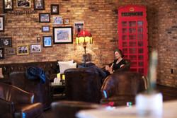 Lobby & Lounge Area