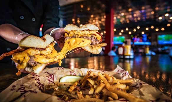 Lucy's Burger Bar - Beloit WI Restaurant