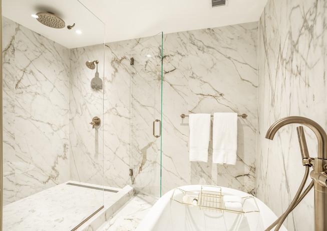 52-(Bottleworks Suite-Penthouse Bathroom