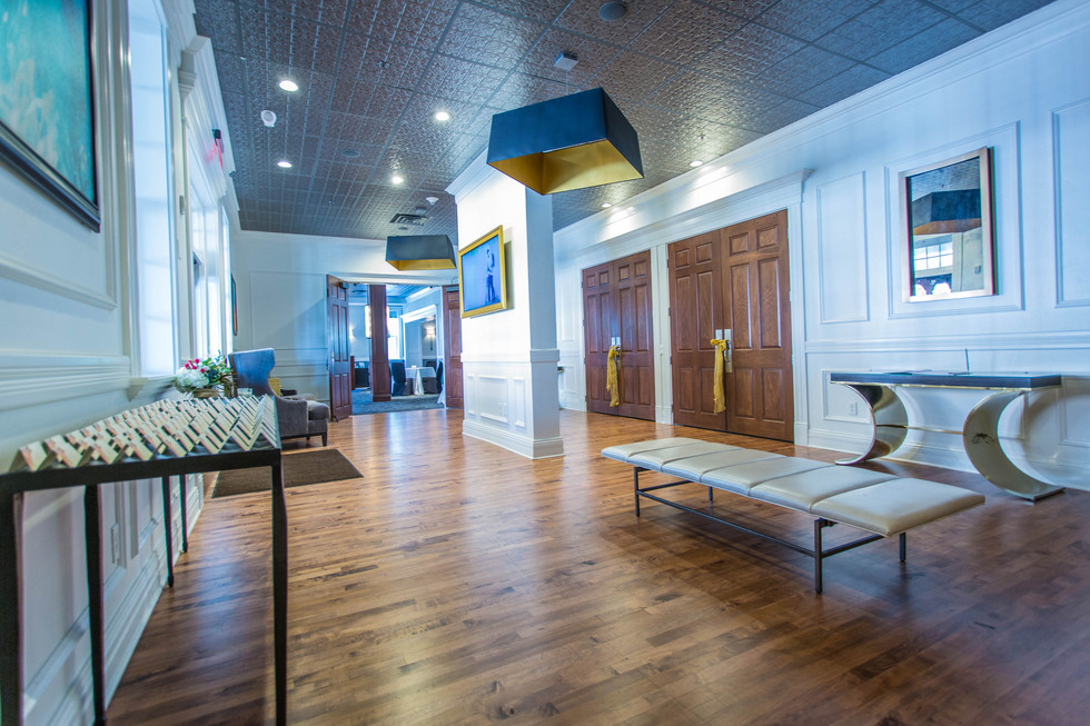 Ballroom Foyer.jpg