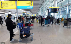 UK Border Force staff demand tougher penalties for airlines