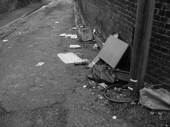 KJM Today_2021_5_18th_rubbish in street_