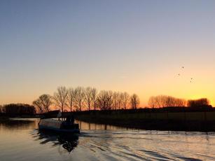 Boating at Sunset, Barnwell Moorings, River Nene