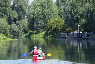 Canoes at Barnwell Moorings