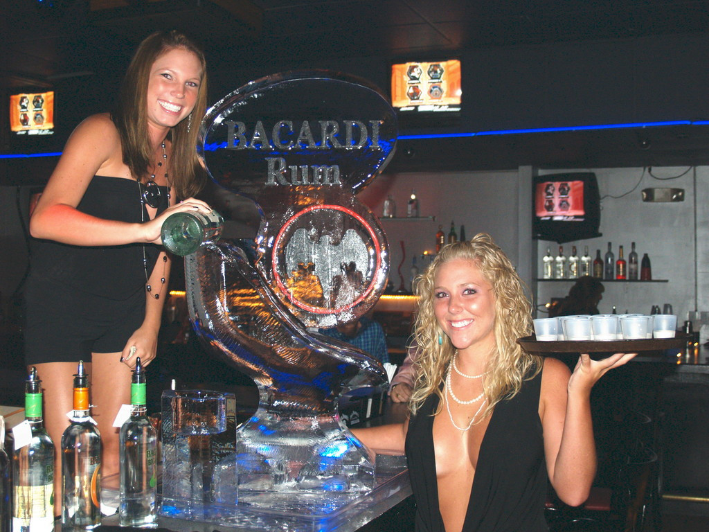 Girls Pouring Luge - STYLED ICE.jpg