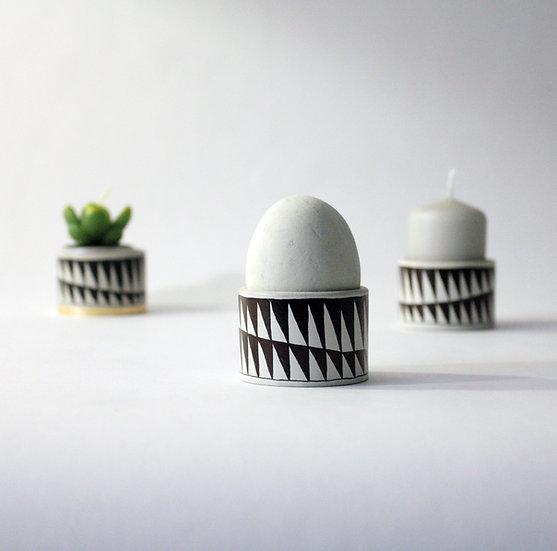 Eierbecher aus Beton - Teelicht aus Beton
