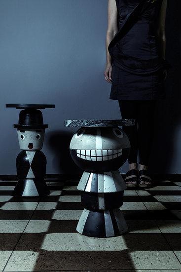 Betonfigur Beistelltisch Creepy Boy