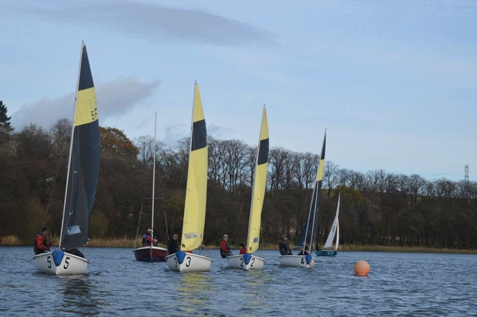 Glasgow new boats lined up on the start line