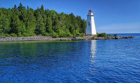 Lighthous in Tobermory surrounded by Lake Huron