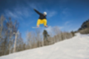 Snowboarder in Mont Tremblant