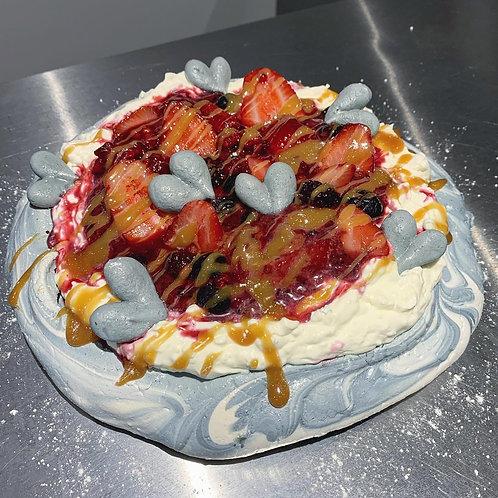 """9"""" Pavlova Cake"""