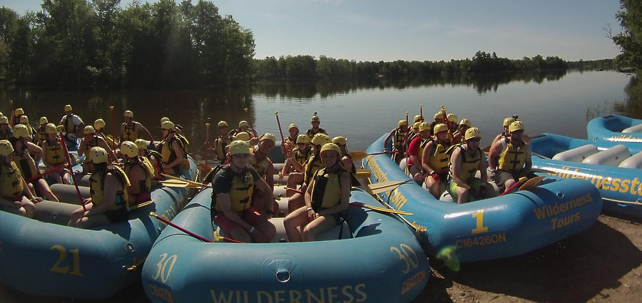 White Water Raftin groups on Ottwa River