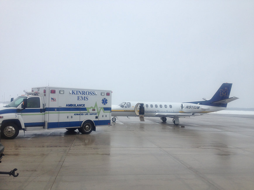 Kinross EMS out wit hSurvival Flight UofM