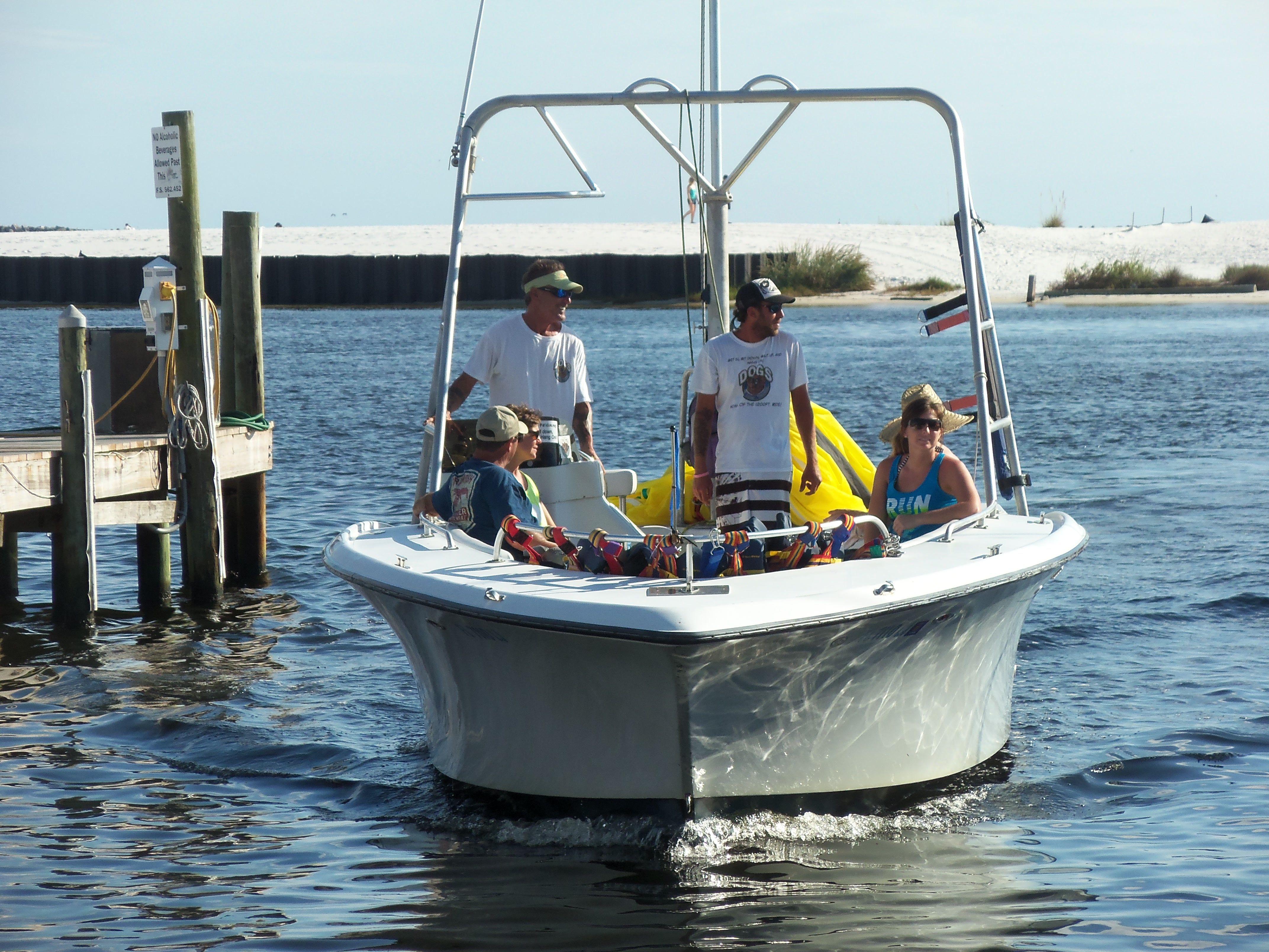 Sun Dogs Parasail Boat Destin