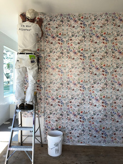 Interior-Design-Wallpaper-Floral-Master