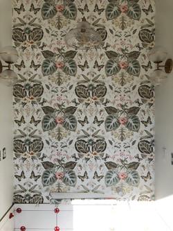 Interior-Design-Bathroom-Wallpaper