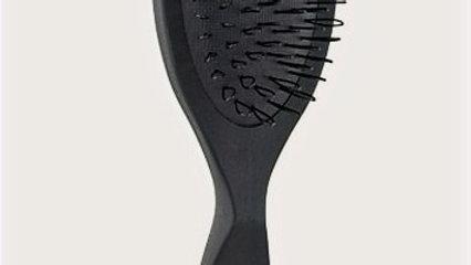 Aveda Pramasana Exfoliating Scalp Brush