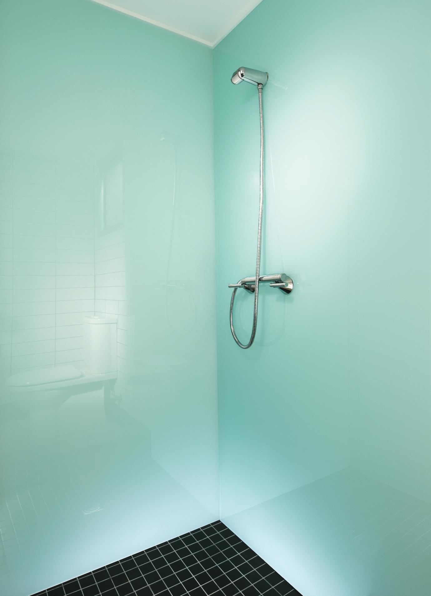 Lustrolite Glacier Shower Panel Lifestyl