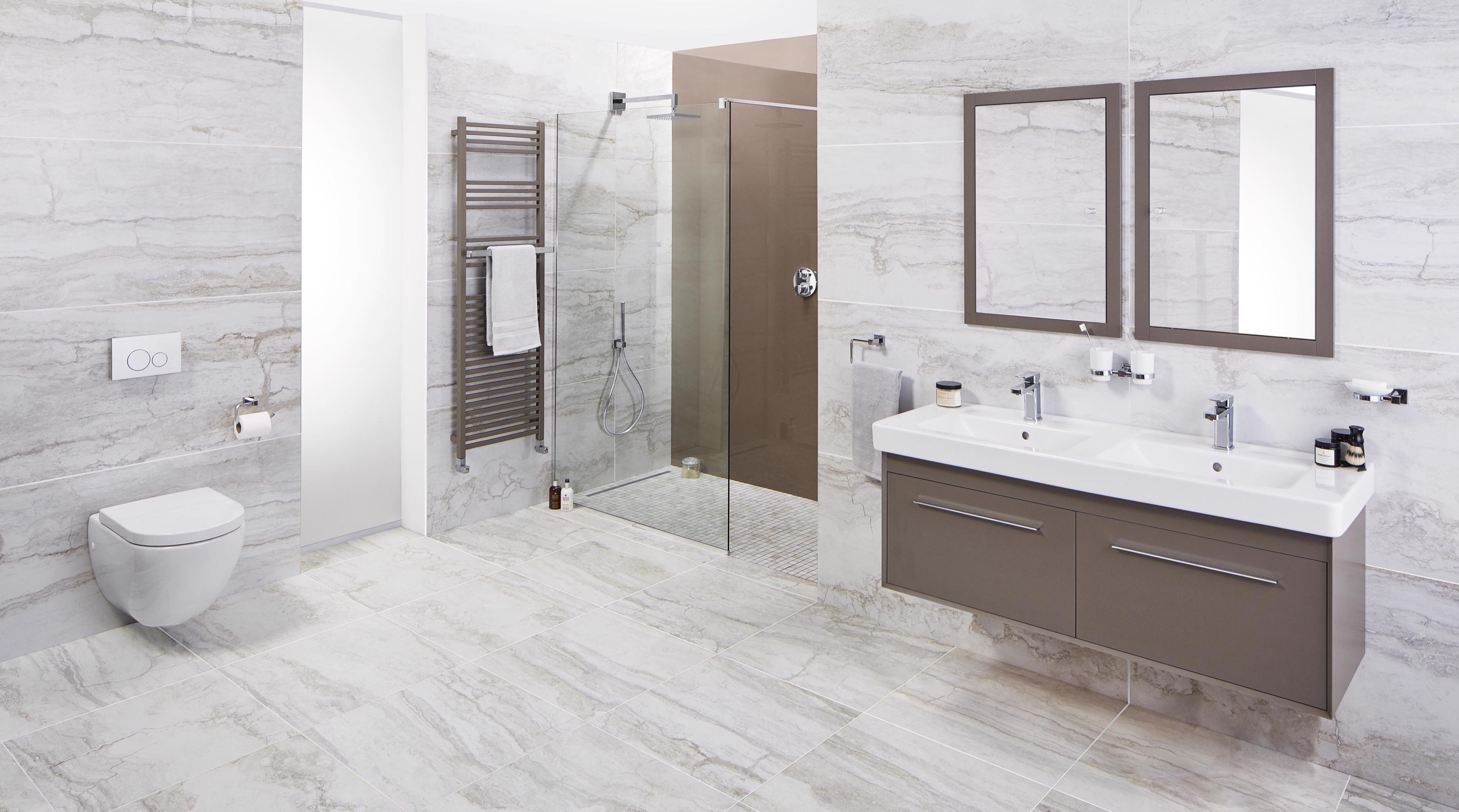 Lustrolite Mocha Shower Lifestyle-3617x2