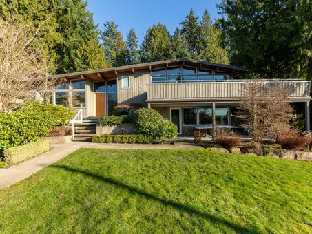 What are Mid-Century Homes?
