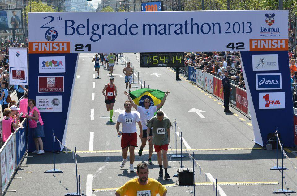 Chegada da 26ª Meia Maratona de Belgrado 2013