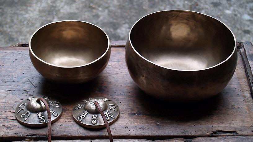 tibetan-bowls-chakra-therapy-pc.jpg