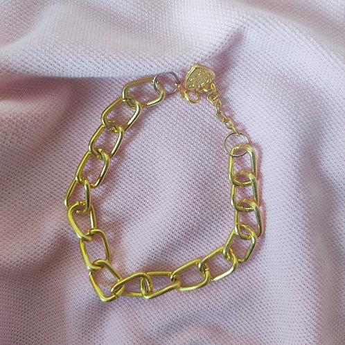Bulky Linked Golden Chain