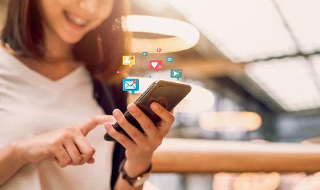 social-media-digital-online-smiling-asia