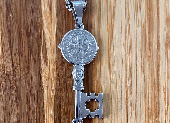 Saint Benedict of Nurcia patrón against e el Key pendant. Stainless steel neckla