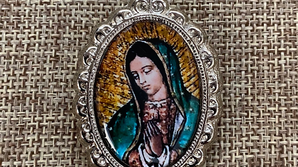 Guadalupe color medal