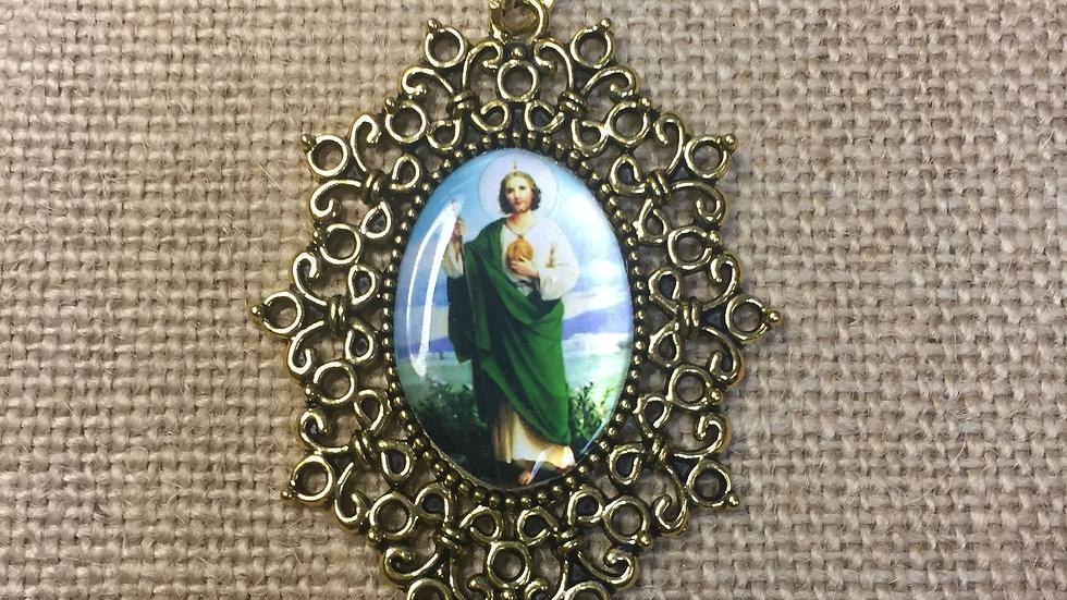 St Jude color medal, silver color frame.