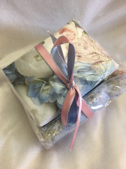 Gift set, florals