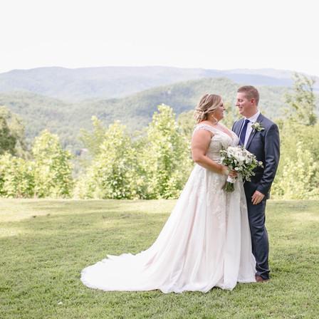 Jessica + Derek Wedding @ Sevierville, Tennessee