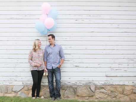 Danielle + Daniel Pregnancy Announcement @ Oak View Historic Park - Raleigh, North Carolina
