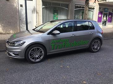 Annas nya bil 2021.jpg
