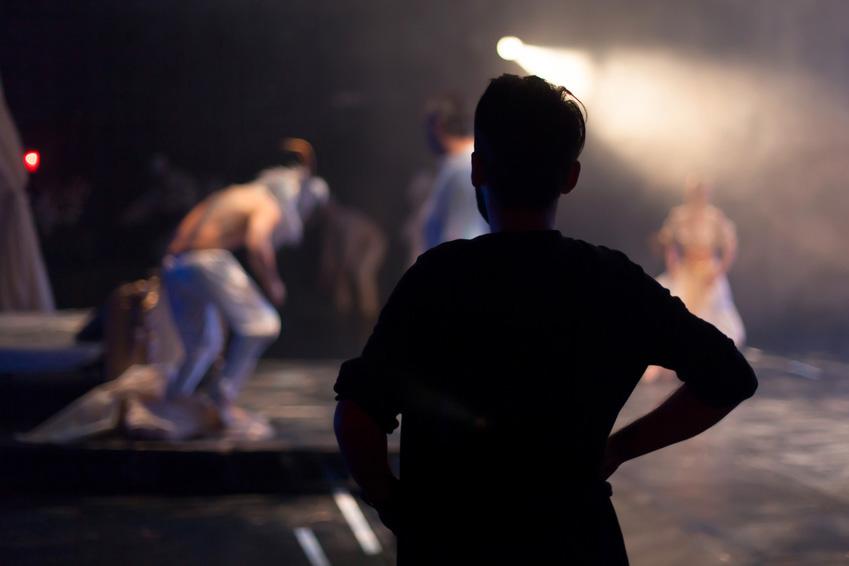 Academie-Arts-Dramatiques-CoursFormationClownTheatreProAmateur